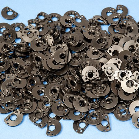 Kunststofffrästeile der K&B Kunststoffdreherei